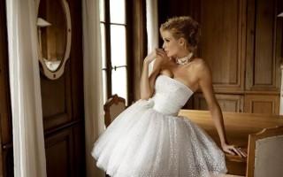 Тонкости выбора короткого свадебного платья