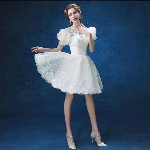 короткое платье с фонариками